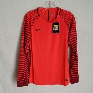 Nike Womens Small Dri-Fit Long Sleeve Soccer Shirt